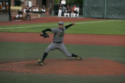 Jones pitching against Oregon State on April 9