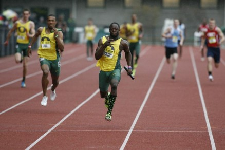 De'Anthony Thomas winning the 4x100 Meter Relay during the Oregon Preview.