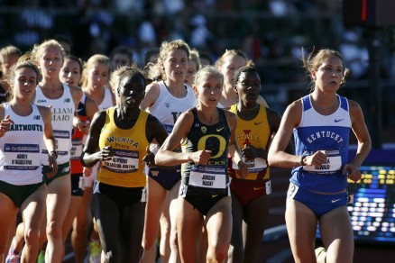 Jordan Hasay running in front of the pack in the 5000m during the NCAA Championship