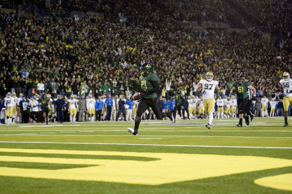 LaMichael James scores in the 2011 Pac-12 Championship