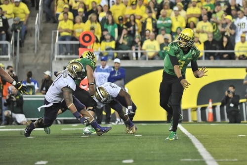 Short passes and screens are easy for a QB like Mariota.