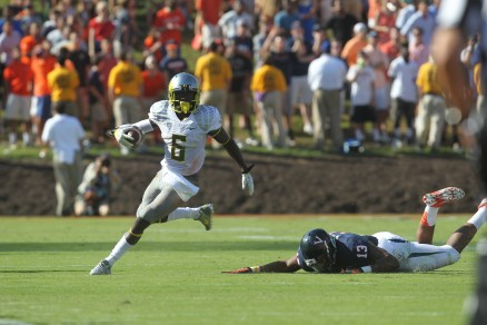De'Anthony Thomas leaves a Cavalier flat on his way to six
