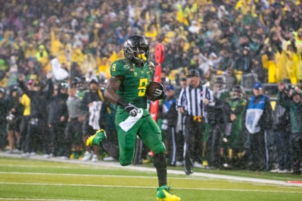 Byron Marshall had 130 yards and two touchdowns in relief of De'Anthony Thomas