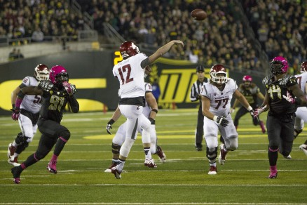 Connor Halliday threw 89 times for 555 yards and 4 touchdowns against the Ducks on Saturday.