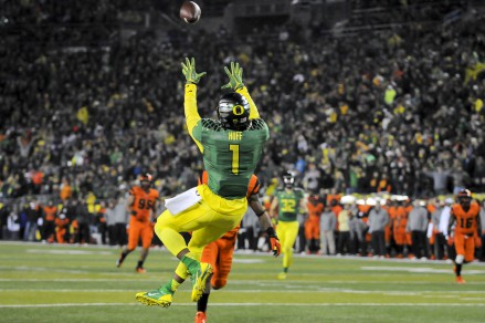 Josh Huff hauls in one of his three TD catches