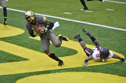 Huff with the touchdown grab
