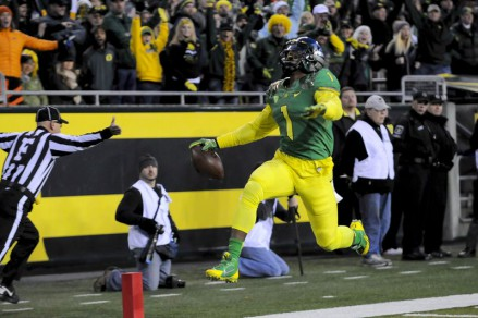 Photo: Kevin Cline Huff had a phenomenal game against OSU with 9 catches for 186 yards and 3 tds.