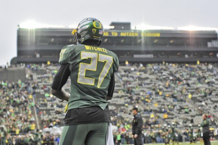 Will Oregon replace Mitchell with Aarion Springs?
