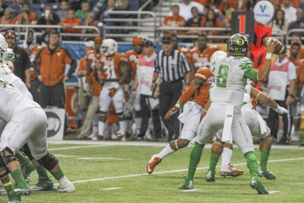 Oregon's 2014 includes some new weapons for Mariota