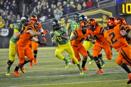 Oregon battling Oregon State in the Civil War