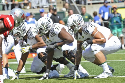 Oregon's athletic O-line ready for battle