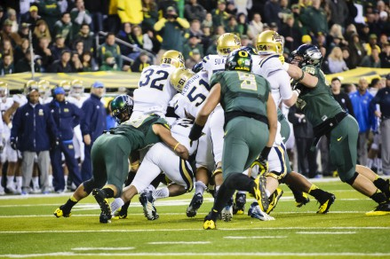 The Ducks face off against the Bruins at Autzen Stadium