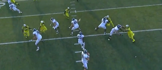 Malone loops around to the center, while Armstead has a one-on-one battle with the right guard.