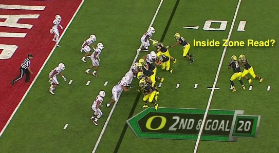 Looks like an Inside Zone Read!