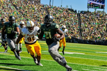 Royce has the rushing attacking rolling at Oregon.