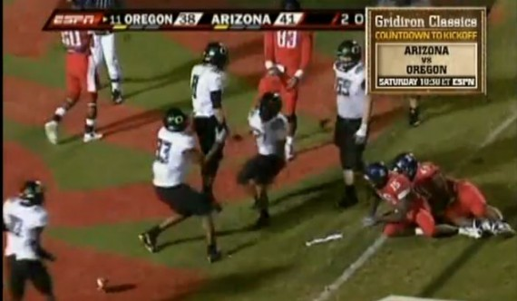 Jeremiah Masoli scores the game winning touchdown against Arizona in 2009.