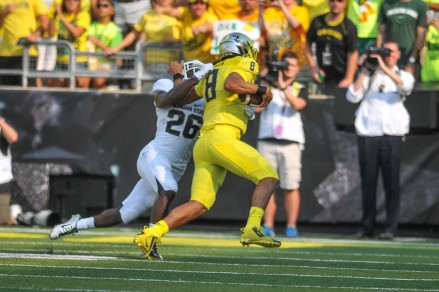 Mariota was hard to chase down
