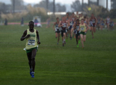 Edward Cheserek cruises to another title
