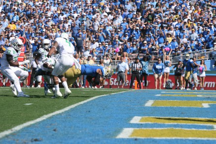Nosedive--Hundley scored, but UCLA's season is trending downward.
