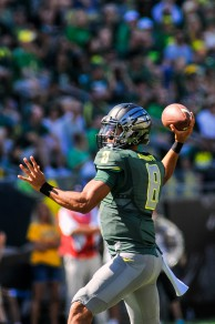 Heisman hopeful Marcus Mariota