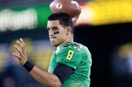 Here we see only two of Mariota's three eyes -- the other one's back there, trust me