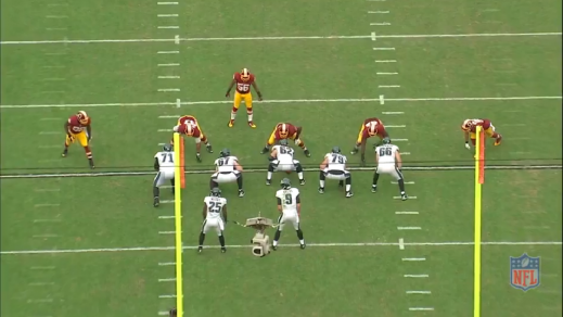 Kelce prepares to briefly engage the nose tackle.