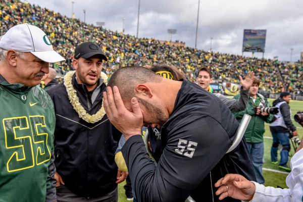 Hroniss Grasu is not the first player to feel the weight of his college career on Senior Day.