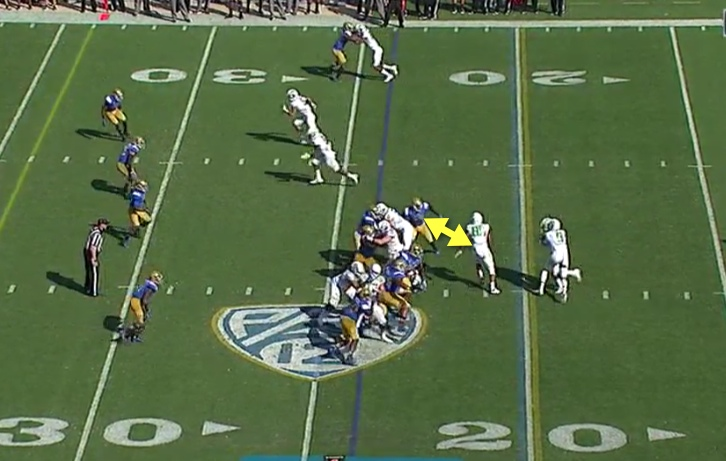 It is hard to hook this defender when he has penetrated the LOS so quickly.