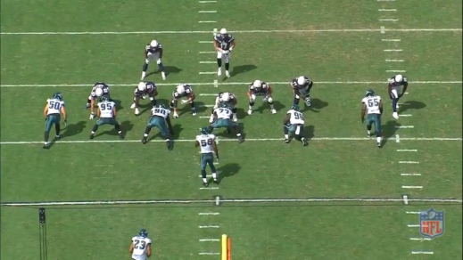 Matthews lined up as the left outside linebacker.