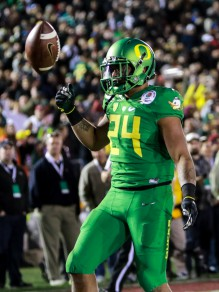 Oregon running back Thomas Tyner brings power to the Oregon running game.