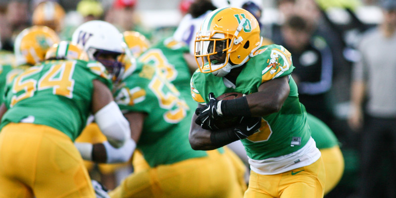 reputable site 699ea 0b294 3 Reasons Oregon Ducks Rely on Running Backs in 2015   FishDuck