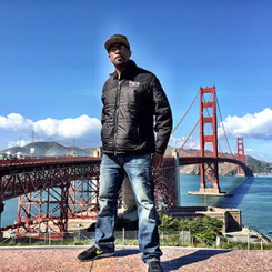 Tony Hargain at the Golden Gate Bridge