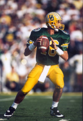 Danny O'Neil throwing a pass in the 1994 Rose Bowl