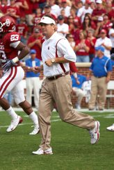 Bob Stoops plans on taking the Sooners to the playoffs.