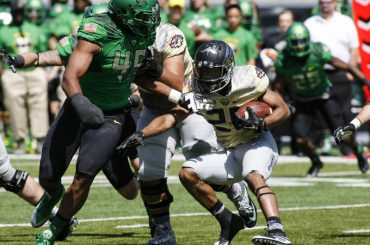 Running back Tony Brooks-James shined during the Oregon Ducks 2015 Spring Game.