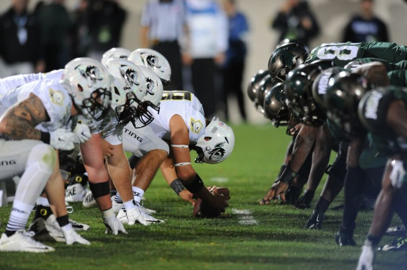 Oregon lines up on offense against Michigan State.