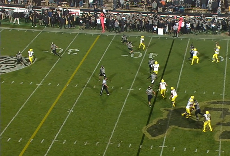 Taylor Alie throws to Jalen Brown for the final score in Oregon's 41-24 win over Colorado.