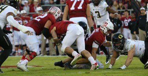 Oregon looks to keep its PAC12 North hopes alive as they travel to Palo Alto to take on the Cardinal of Stanford at Stanford Stadium on November 14, 2015.