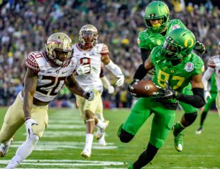 Will Wallace be more like Pharaoh Brown, or like Darren Carrington? (Above)