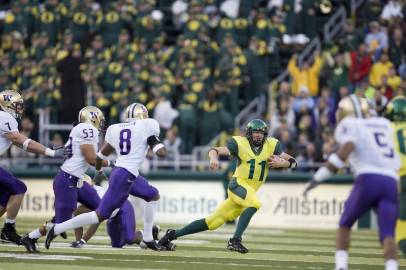 Kellen Clemens led the Ducks to the first of their 12 consecutive victories over Washington in 2004.