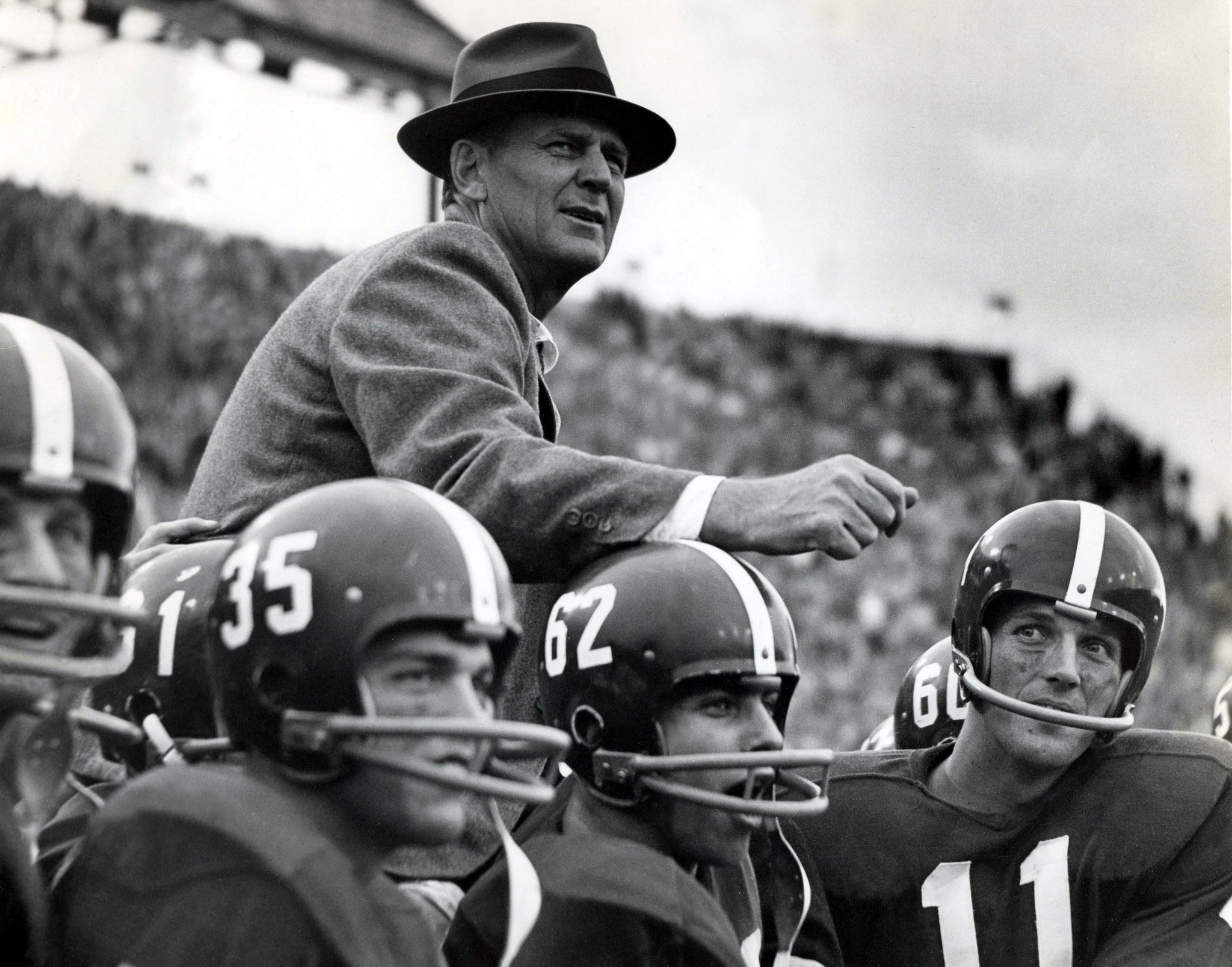 Coach Bear Bryant on the shoulders of his players
