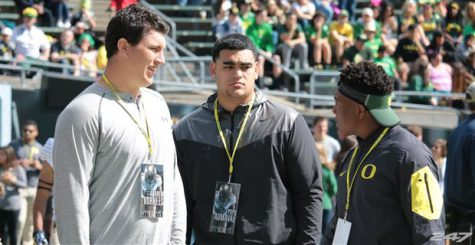 Popo Aumavae (center) visited Eugene and committed after the Stanford game.